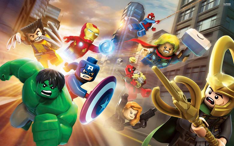 Kolejna odsłona wyjątkowo popularnego cyklu familijnych zręcznościówek, rozgrywających się w światach zbudowanych z plastikowych klocków LEGO. Gra została