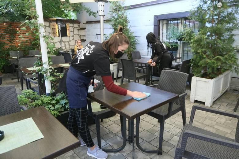 Prawie 30 proc. obecnie pracujących studentów zarabia na rękę pomiędzy 2 tys. a 3 tys. zł.