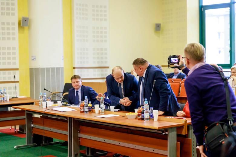 Poniedziałkowa sesja Sejmiku Województwa Podlaskiego przyniosła nam powołanie nowego zarządu województwa w starym składzie