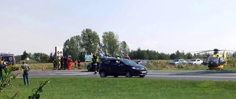 Do wypadku doszło w czwartek o godz. 13.50 na skrzyżowaniu ulicy Starobrzeskiej z drogą krajową nr 94. 56-letni kierowca audi potrącił 64-letniego rowerzystę.