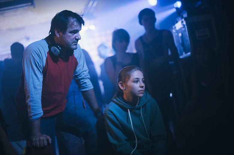 """""""Biały Bóg""""Ostatni jak dotąd projekt jednego z najciekawszych współczesnych reżyserów, Węgra Kornéla Mundruczó. Wyróżniony na MFF Cannes"""