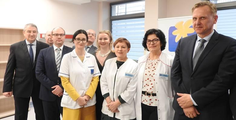 Najważniejszym zadaniem Krajowej Sieci Onkologicznej jest poprawa sytuacji pacjentów onkologicznych poprzez stworzenie struktury, która zapewni im kompleksową i koordynowaną opiekę onkologiczną, w oparciu o jednolite standardy diagnostyki i leczenia.