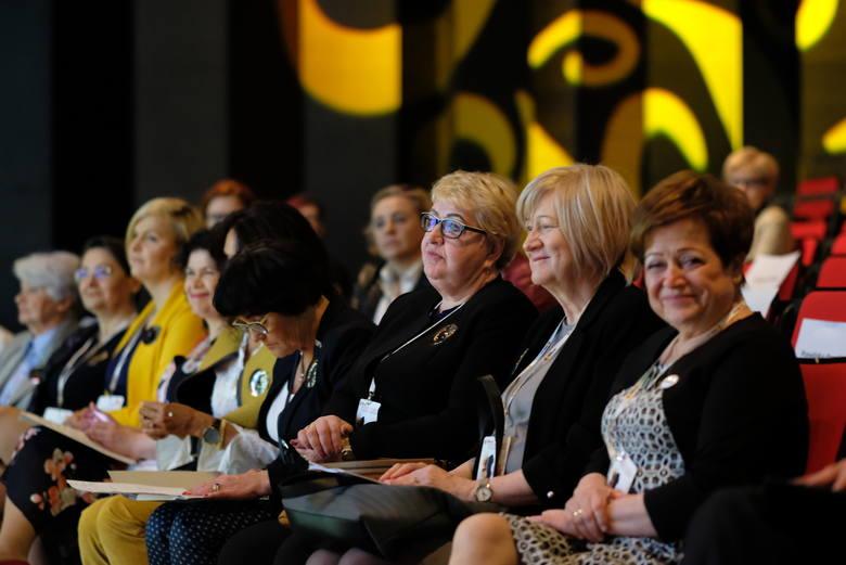 Jacek Jaśkowiak na Wielkopolskim Kongresie Kobiet: Drogie panie, startujcie w wyborach!Zobacz więcej zdjęć --->ZOBACZ TEŻ: Wielkopolski Kongres