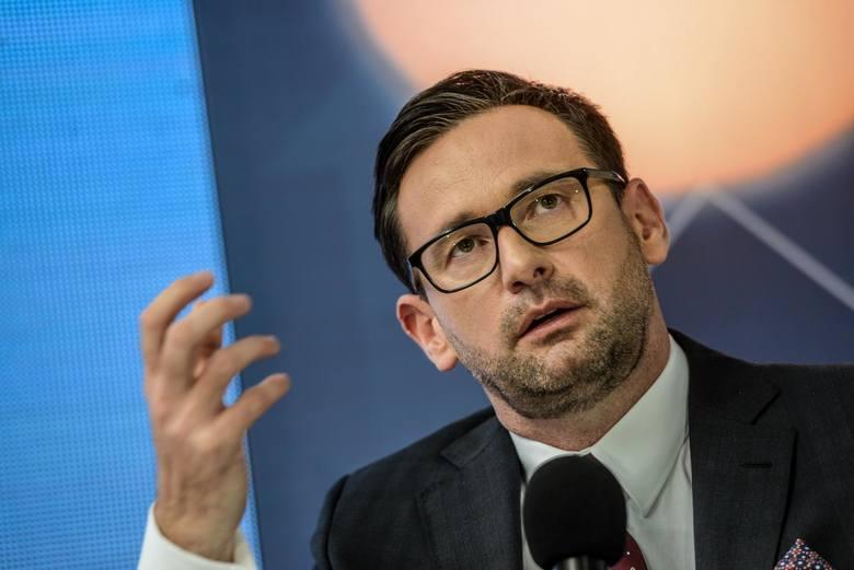 """Prezes Orlenu Daniel Obajtek zaprzecza zarzutom opozycji i mediów w sprawie jego majątku. """"To próba linczu, zarzuty wyssane z palca"""""""