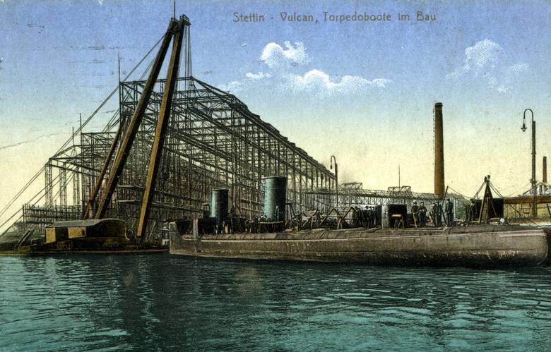 W 1851 roku przy dzisiejszej ul. Ludowej założono warsztat o stocznię Vulcan (Vulcan-Werft), według projektu hamburskich inżynierów D. Brocka i D. Früchtenichta.