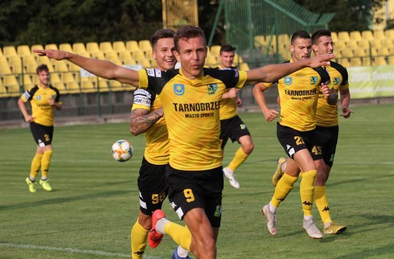 3 liga. Siarka Tarnobrzeg opublikowała komunikat, z którego wynika, że Krzysztof Ropski nie odchodzi do Motoru Lublin. Dlaczego?