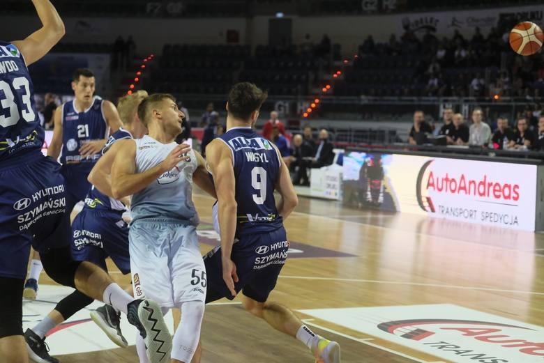 We wtorek Polski Cukier zagra bez Jakuba Schenka. Koszykarz czeka na wyniki badań
