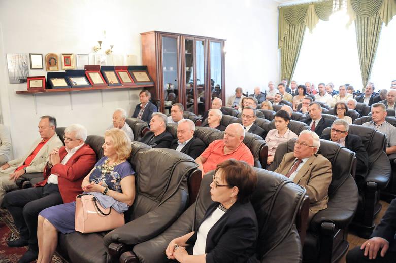 Spotkanie w PKB przyciągnęło kilkudziesięciu przedsiębiorców oraz przedstawicieli władz samorządowych miasta i regionu.