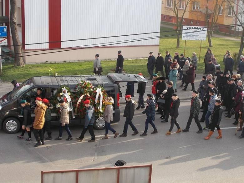Eugeniusz Berezowiec pochowany. Na pogrzeb przyszły tłumy (zdjęcia, wideo)