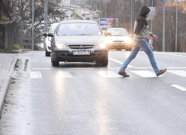 Mieszkańcy Zielonej Góry często zwracają nam uwagę na niebezpieczne przejście dla pieszych na ul. Sulechowskiej