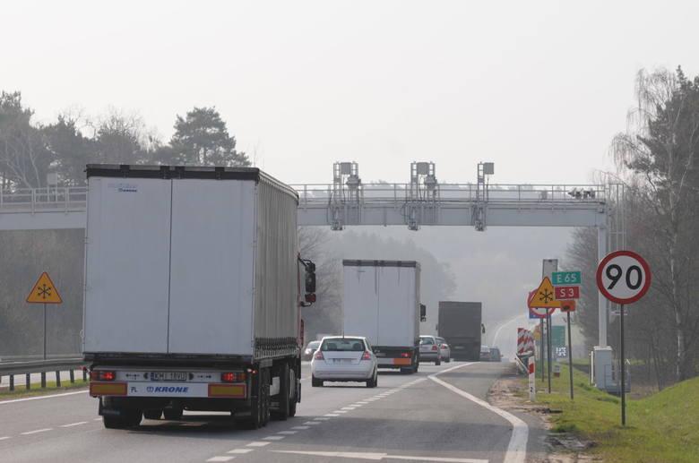 Ten system działający na drogach zarabia ponad 4 mln zł dziennie
