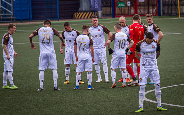 Mecz 19. kolejki II ligi piłkarskiej Skra Częstochowa - Garbarnia Kraków (1:0)