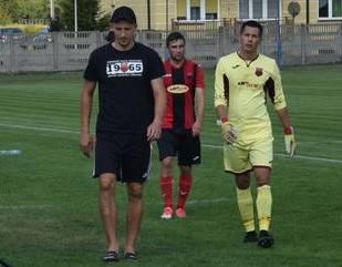 Mariusz Moskwa (z lewej) odchodzi z Oskara Przysucha.