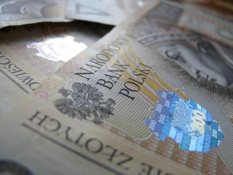 W 2012 roku w Lubuskiem pracodawcy zalegali z wypłatą wynagrodzeń dla ponad 4,2 tys. osób na łączną kwotę 4,378 mln zł - o prawie 40 proc. wyższą niż