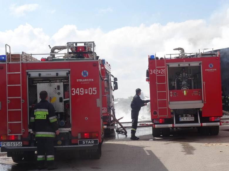 Powiat kaliski: Paliła się obora. W akcji 17 zastępów straży
