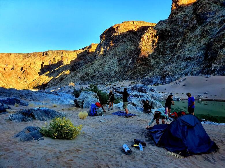 Poranek w Fish River Canyon. Zimno