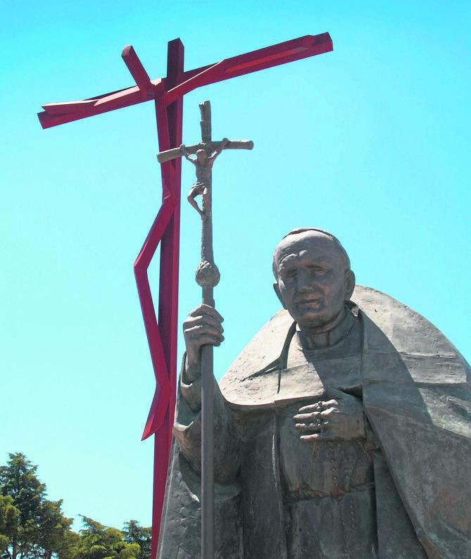 Posąg Jana Pawła II w Fatimie