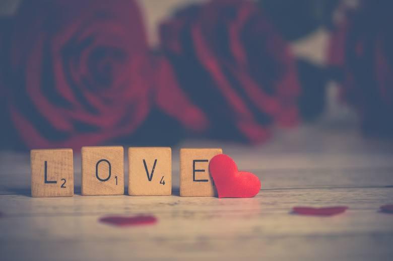 Walentynki to coroczne święto zakochanych