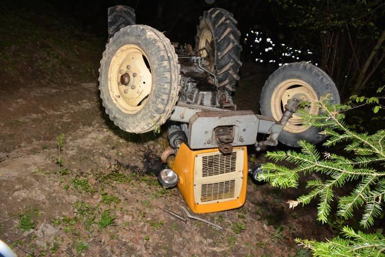 Do nieszczęśliwego wypadku doszło w środę w miejscowości Iskań w gminie Dubiecko niedaleko Przemyśla. - Ze wstępnych ustaleń pracujących na miejscu policjantów