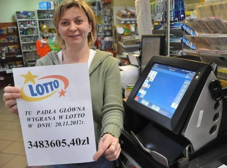 Szczęśliwe kolektury są także w Oleśnie. W 2007 roku padła tam wygrana 3,9 mln zł, w 2011 roku - 4,4 mln zł, a w 2012 roku, w kolekturze przy ul. Konopnickiej - blisko 3,5 mln zł.