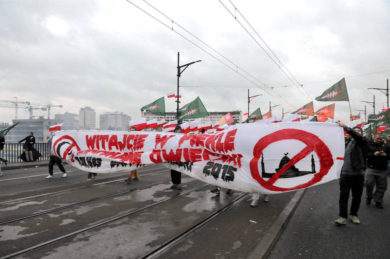Marsz Niepodległości 2015. Obchody Święta Niepodległości 11 listopada w Warszawie [ZDJĘCIA] [VIDEO]