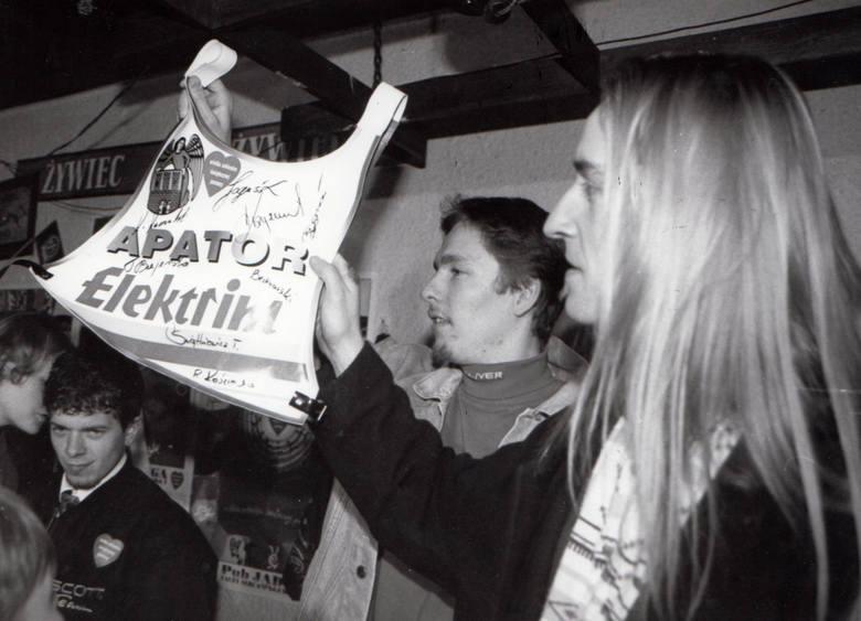 Stadion przy ulicy Broniewskiego 98 istniał w latach 1957-2008. Toruńska drużyna dostarczyła w tym czasie swoim fanom wielu emocji