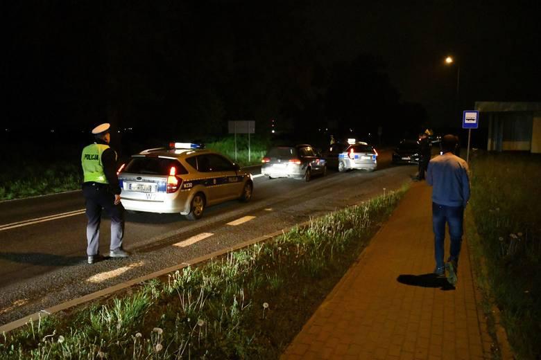 Uciekającym był 35-letni mężczyzna, mieszkaniec podkoszalińskiej miejscowości. Już w Człuchowie, w województwie pomorskim, zauważono, że jedzie agresywnie,