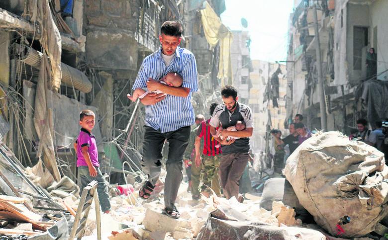 Indeks wojny w Syrii  wynosi 4,02. Na tej podstawie można było przewidzieć, że liczba ofiar wojny domowej będzie tam nieproporcjonalnie wyższa, niż w przypadku konfliktu zbrojnego między Rosją (indeks 0,67) a Ukrainą (0,76)