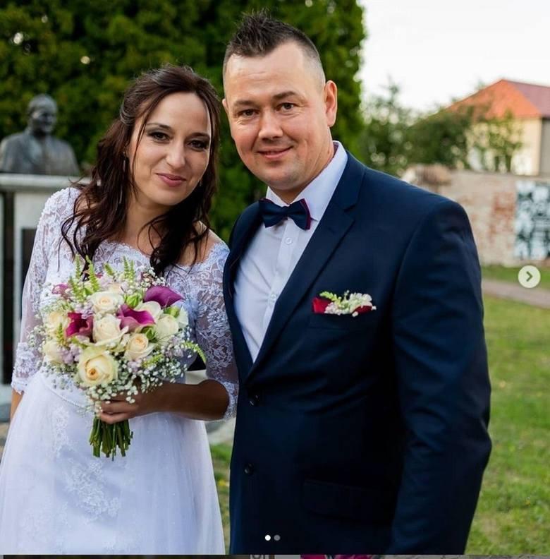 """Kasia i Piotr z 4. edycji """"Rolnik szuka żony""""Kasia i Piotr poznaliśmy w 4. edycji """"Rolnik szuka żony"""". Dziewczyna"""