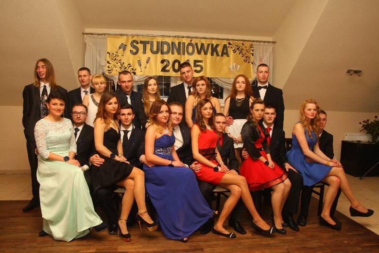 Maturzyści z WZDZ w Opolu bawili się w sobotę na studniówce w restauracji Paradis.