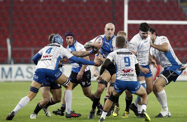 Bardzo brakuje im rugby, bo to sportowy sens ich życia