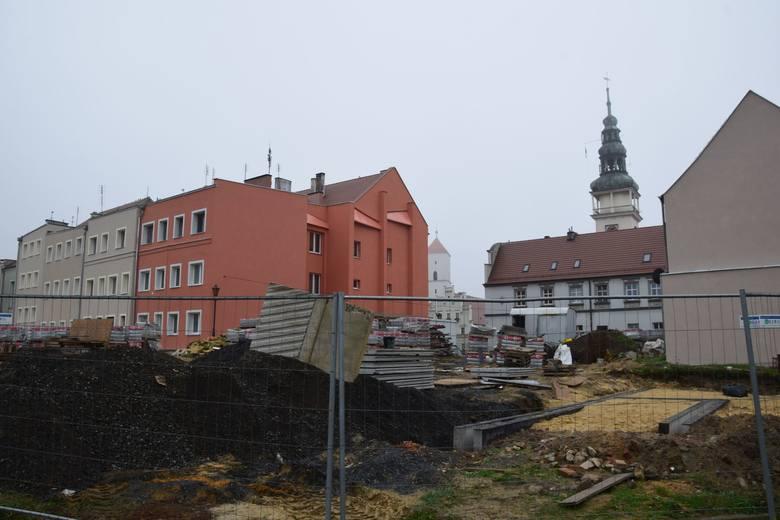 W Bytomiu Odrzańskim mogłyby powstać bloki mieszkalne. Na razie m.in. trwa rewitalizacja podwórek