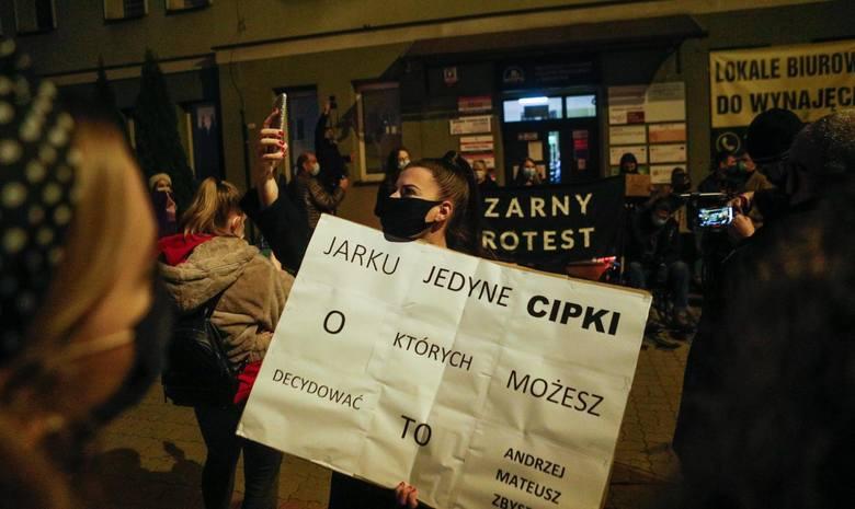 23.10.2020 rzeszow demonstracja przeciwko orzeczeniu trybunalu konstytucyjnego odnosnie zakazu zabiegu aborcji protest aborcja fot krzysztof kapica