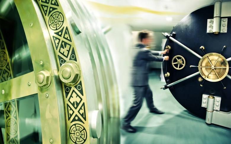 21% pracowników sektora bankowości sądzi, że automatyzacja w ciągu 5 lat może pozbawić ich pracy.Czy sądzisz, że w ciągu 5 lat automatyzacja może pozbawić