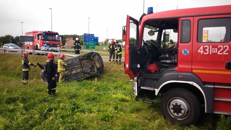 Do zdarzenia doszło w poniedziałek około godz. 12.30 na obwodnicy Radymna w powiecie jarosławskim.- Jak się okazało po przybyciu ZRM w miejsce wypadku,