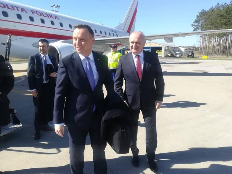 Prezydent wylądował w Babimoście.