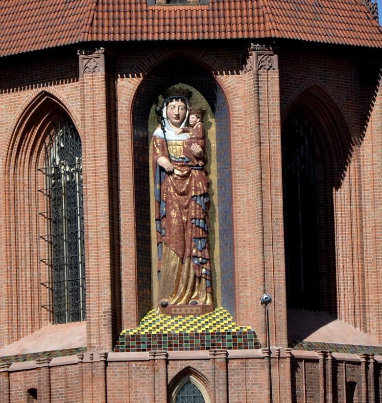 Zamek w Malborku z nagrodą za kościół u progu sezonu