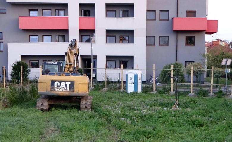 Mieszkańcy Rzeszowa: To skandal! Jak można tak bezcześcić dawny cmentarz choleryczny?
