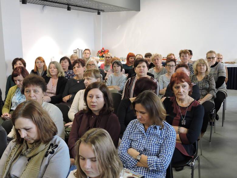 Ostrowski sanepid zorganizował konferencję na temat szczepień ochronnych