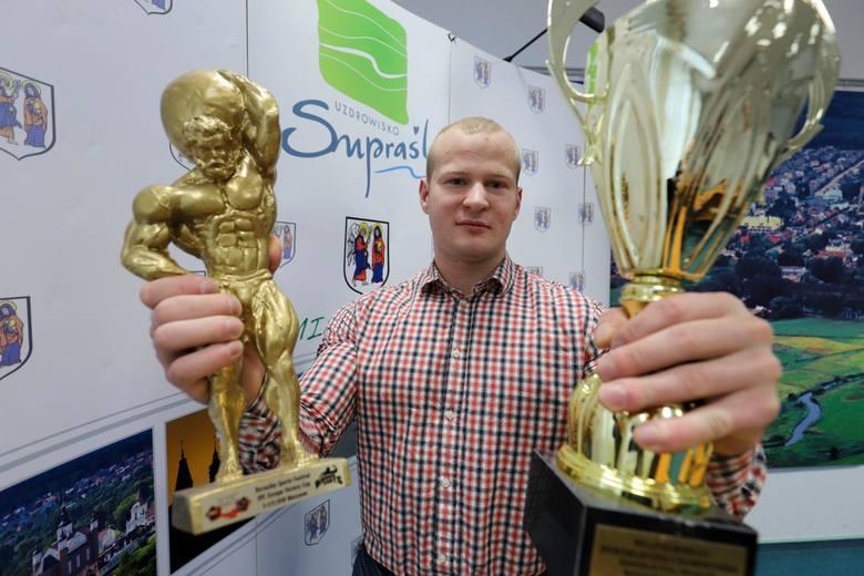 Tylko w ubiegłym roku Piotr Sadowski stanął na podium 32 razy