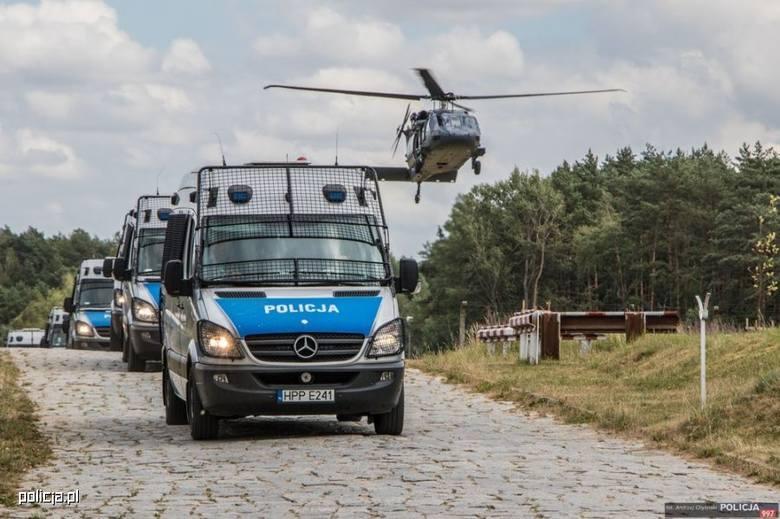 Formacja Policji dysponuje największą flotą sprzętu transportowego wśród jednostek rządowych. Polska Policja wykorzystuje ponad 21 tys. szt. sprzętu
