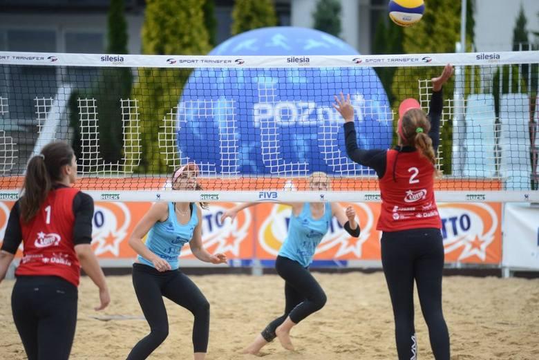 Eliminacje do Mistrzostw Polski w Siatkówce Plażowej Kobiet na MTP w Poznaniu