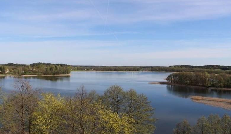 Tryton - statek, którym 20 lat temu pływał Jan Paweł II zatonął na jeziorze Wigry