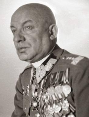 Polrewkom początek sierpnia 1920. W centrum: Iwan Skworcow, Feliks Dzierżyński, Julian Marchlewski, Feliks Kon