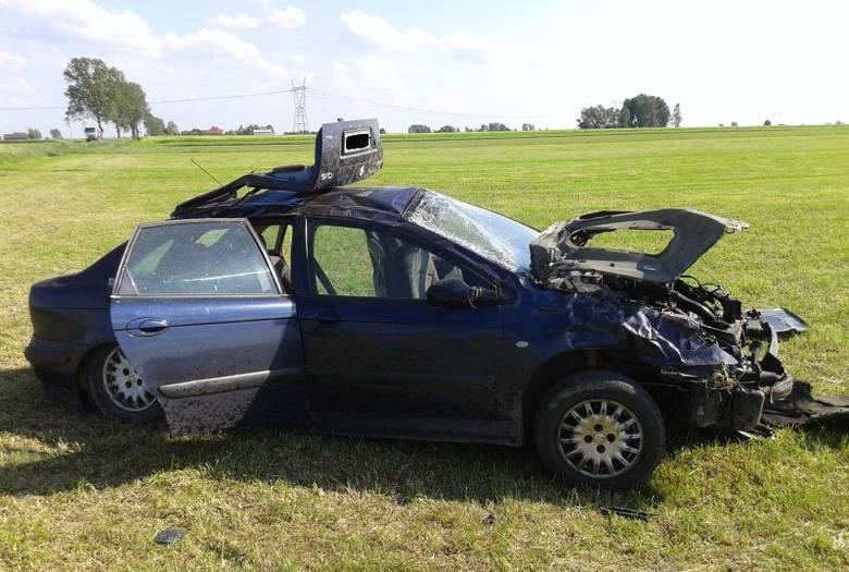 W pewnym momencie, w pobliżu miejscowości Klukowo, w trakcie manewru wyprzedzania stracił panowanie nad pojazdem, zjechał do rowu, a następnie kilkakrotnie