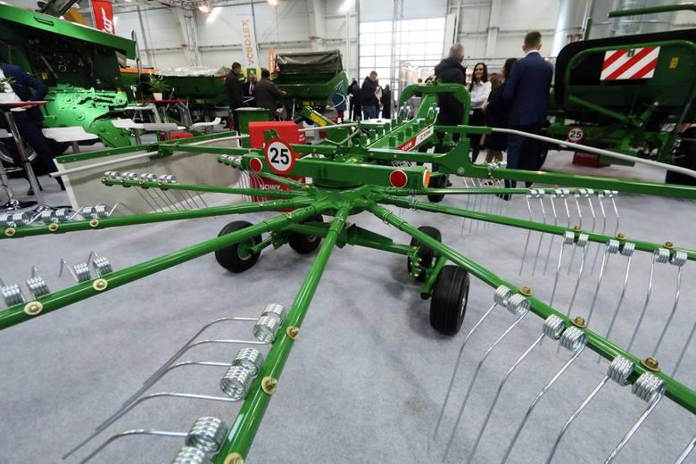 Targi Rolnicze w Lublinie. Nowoczesne ciągniki, maszyny rolnicze i inne atrakcje. Zobacz zdjęcia