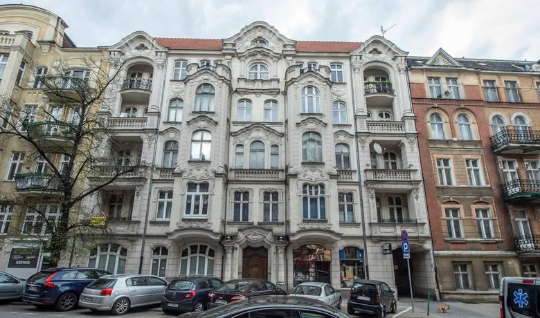 W Poznaniu znajduje się ponad 400 zabytków nieruchomych wpisanych do Rejestru zabytków Narodowego Instytutu Dziedzictwa. Znaczna część z nich to kamienice.