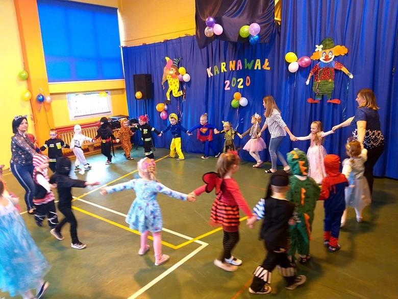 Po powrocie z ferii zimowych, na dzieci ze Szkoły Podstawowej nr 1 w Nowym Mieście Lubawskim czekała miła niespodzianka. Szkolna sala gimnastyczna zamieniła