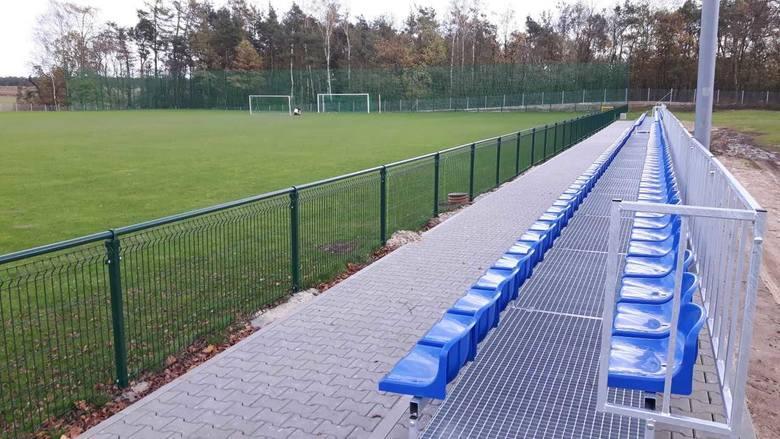 Gmina Lipsko otrzymała pieniądze na dalszą modernizację stadionu sportowego.