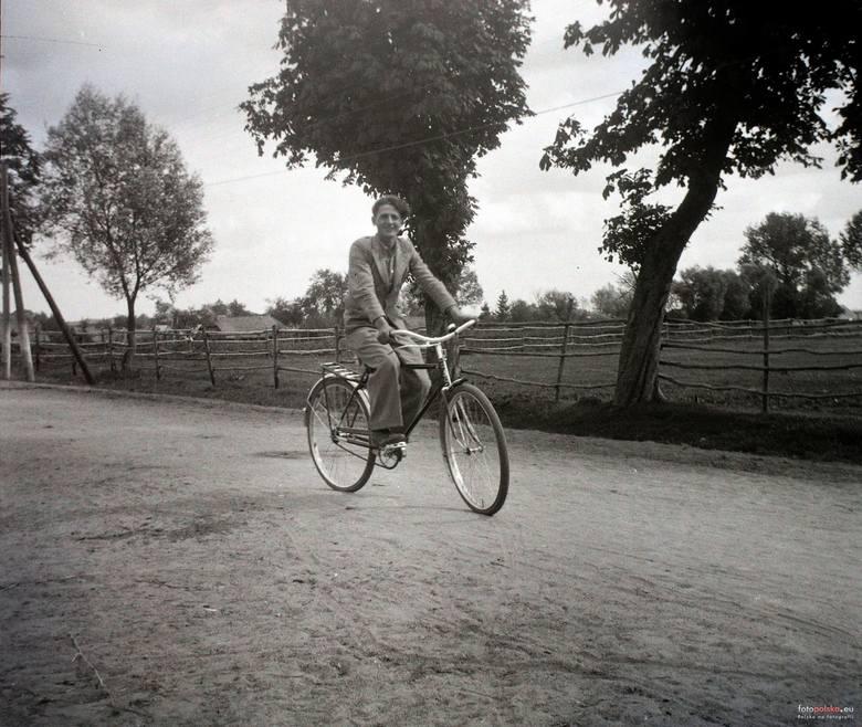 13. 1943 , Skierniewice.